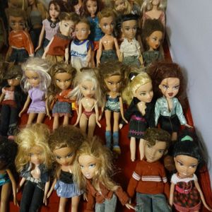 11 Barbie S And 23 Brats Lot for Sale in Winter Haven, FL