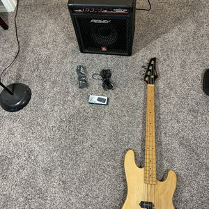 Tanara Bass Guitar /Amp Bundle for Sale in Mansfield, TX