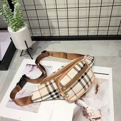 Woman & Man Waist Bag for Sale in Phoenix,  AZ