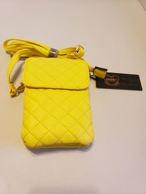 DIOPHY CROSSBODY BAG for Sale in Inglewood, CA