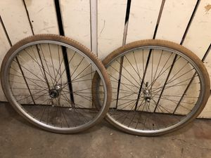28 inch aluminum wheels $100 for Sale in Countryside, IL