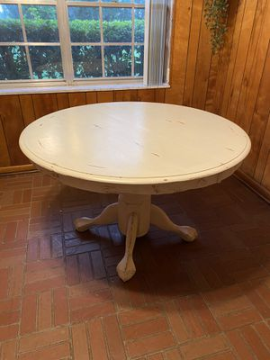 Shabby Chic Breakfast Table for Sale in Winter Haven, FL