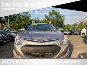 2013 Hyundai Sonata Hybrid for Sale in Passaic, NJ