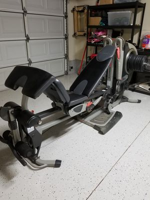 Bowflex Revolution Home Gym All In One Curl Bar Leg Press Bench Press for Sale in City of Industry, CA