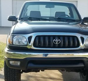 LowBuget1000$ Toyota TACOMA 4X4 CAB for Sale in Washington, DC