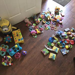 Huge Baby Infant Toy Lot for Sale in Groveport, OH