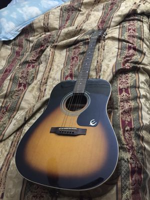 Epiphone acoustic guitar perfect condition for Sale in Miami, FL