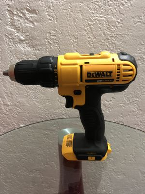 Brand New DeWalt 20V MAX Drill Driver DCD771 for Sale in Coral Gables, FL