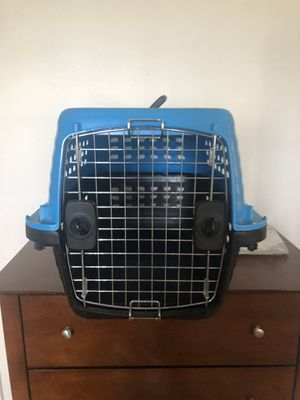 Pet dog travel carrier kennel for Sale in Pompano Beach, FL