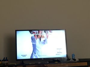 """32"""" TCL Roku tv for Sale in Rosedale, MD"""