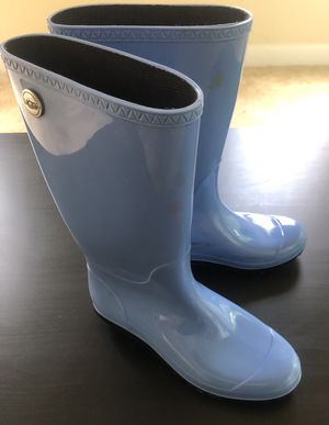 Ugg blue rubber rain boots (Size 9) for Sale in Fort Washington, MD