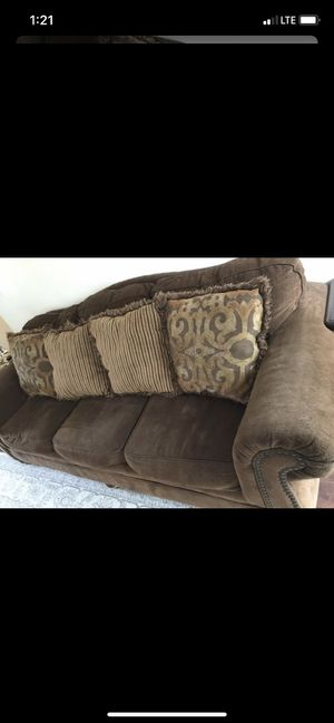 Sofa in great condition for Sale in Nashville, TN