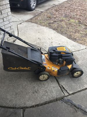 Cub cadet lawn mower for Sale in Harper Woods, MI