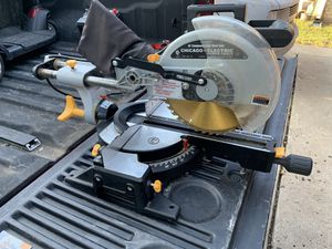 "Chicago electric 10"" miter saw for Sale in Arlington, TX"