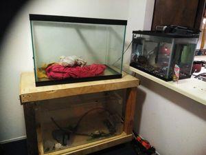 Aquarium tanks and fish for Sale in Richmond, CA