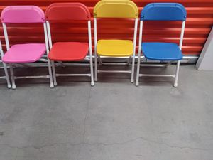 Little kids chairs and Table for Sale in Gardena, CA