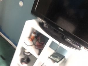 "32"" toshiba tv for Sale in Essex, MD"