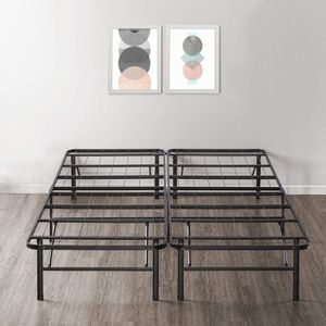 Box spring metal bed frame, Queen for Sale in Chicago, IL
