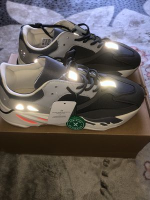Adidas yeezy boost 700 Magnet 9.5 men for Sale in Bowie, MD