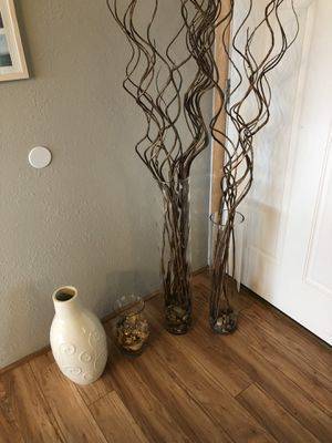 misc decorative vases (sticks and rocks included) for Sale in Corbett, OR
