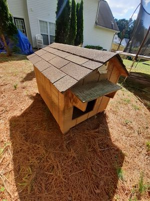 Dog house for Sale in Duluth, GA
