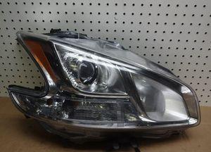 2009-2014 MAXIMA PASSENGER Headlight for Sale in East Providence, RI