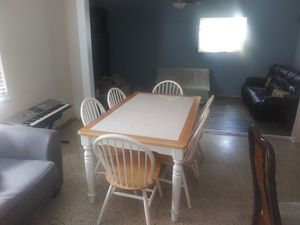 Table with 6 chairs for Sale in Clearwater, FL