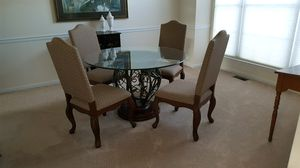 Beautiful Table and Chairs for Sale in Shamong, NJ