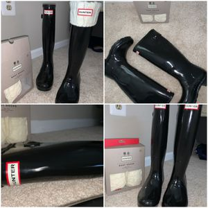 Tall Hunter Glossy Rain Boots & Socks for Sale in Germantown, MD