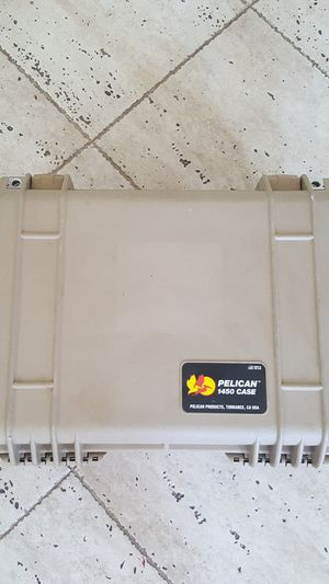 Pelican 1450 waterproof case for Sale in North Miami, FL