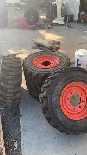 Bobcat tires 12-16.5 for Sale in Bloomington, CA