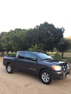 08 Nissan Titan 4dr 2Wdrive SE Excelente cond. for Sale in San Diego, CA