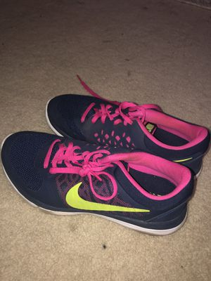Navy blue and pink nike Tennis shoes for Sale in Oceanside, CA