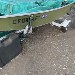 Fiberglass Boat And Trailer for Sale in Jurupa Valley, CA