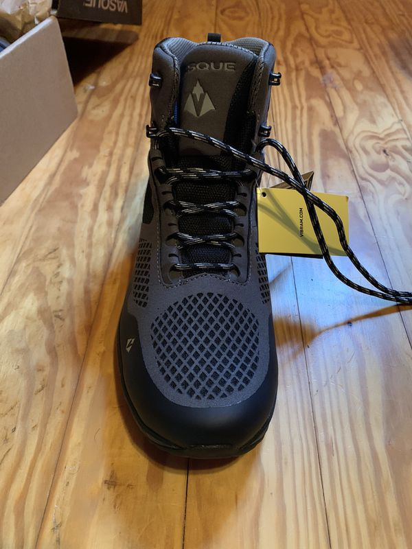 Brand New Size 10 Men's Vasque Hiking Boots