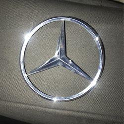 Mercedes emblem for Sale in Charlotte,  NC