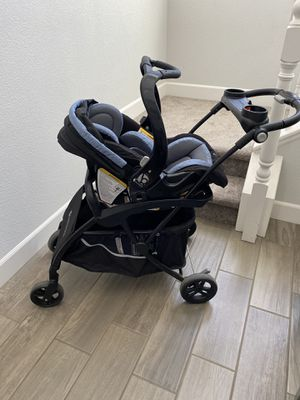 Baby Trend car seats and stroller adapter. for Sale in Hollister, CA