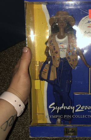 NEW! Unopened!! Sydney 2000 Olympic pin collection Barbie for Sale in Hightstown, NJ