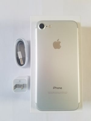 iPhone 7 , UNLOCKED for All Company Carrier, Excellent Condition like New for Sale in Springfield, VA