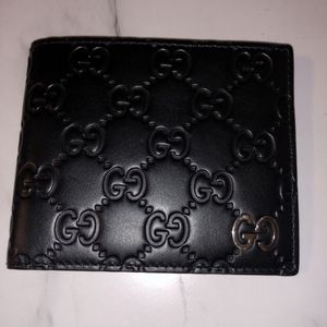 Gucci Signature Wallet for Sale in Beverly Hills, CA