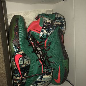 Lebron 12s for Sale in Manchester, CT