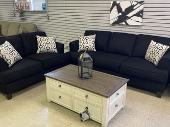 Closeout Serta Sectional!!! 39 down for Sale in Euclid,  OH