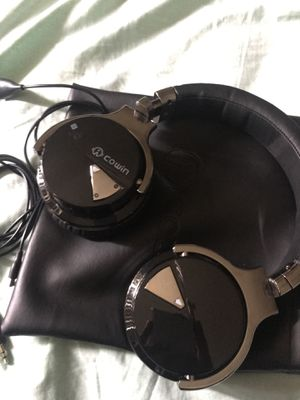 COWIN BLUETOOTH HEADPHONE for Sale in Portland, OR