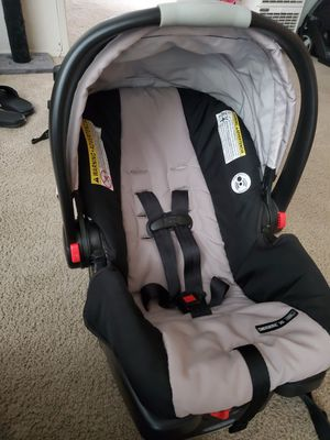Graco car seat for Sale in Riverside, CA