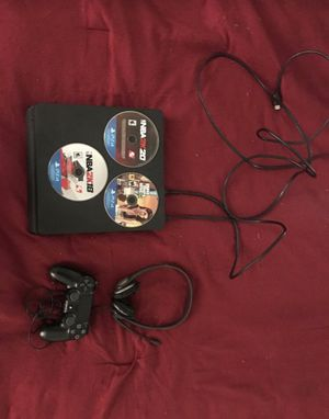 PS4 Console With 3 Games for Sale in Pine Hills, FL