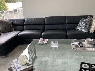 Black Real Leather Couch for Sale in Los Angeles,  CA