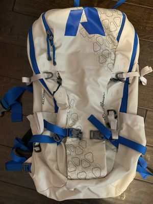 New Eddie Bauer Hiking / Camping backpack for Sale in Fresno, CA