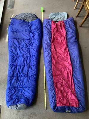 2 Six Foot cold weather REI sleeping bags for Sale in MONTE VISTA, CA