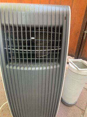 Stp portable air conditioner 8,000 btu. In good working conditions. Gets very cold 🥶 for Sale in Los Angeles, CA