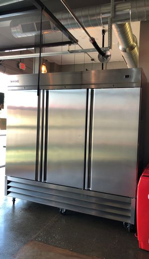 3 Door Reach-In Refrigerator / Cooler for Sale in Cuyahoga Falls, OH